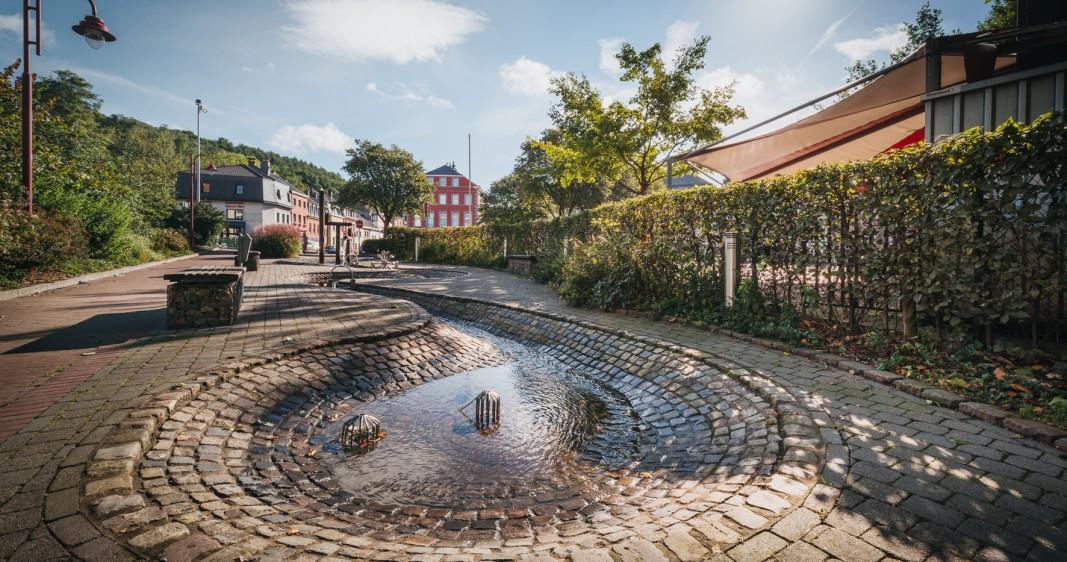 Jeu d'eau dans la Ville Basse à Eupen - Ganser